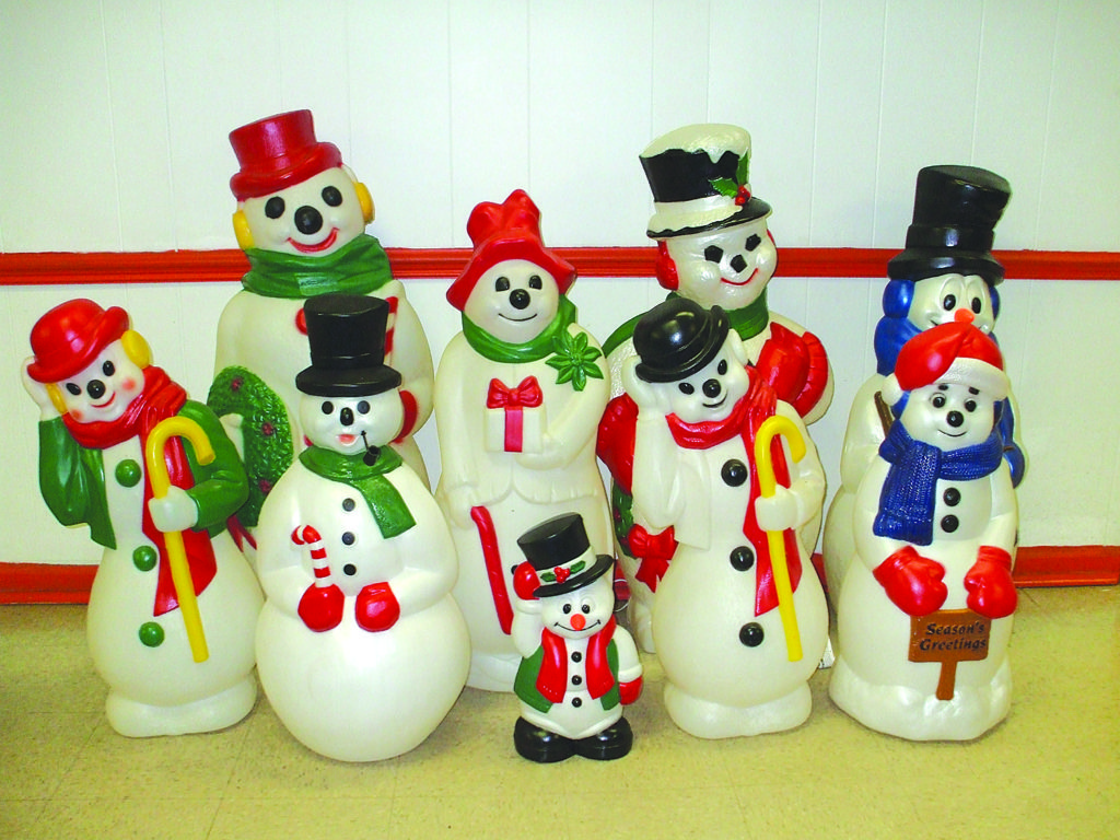 Christmas Blow Molds >> It S The Holiday Season Where Have All The Blow Molds Gone Nypa